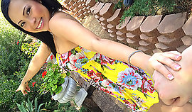 Experienced Asian slut knows how to fuck in the garden